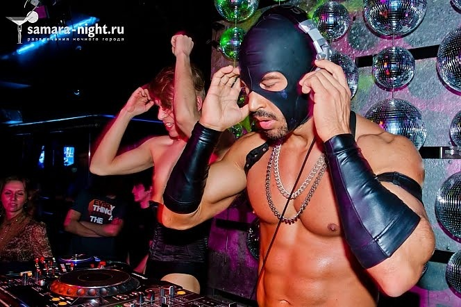 Павел Петель, Pavel Petel, Naked DJs Show, фрик, голый