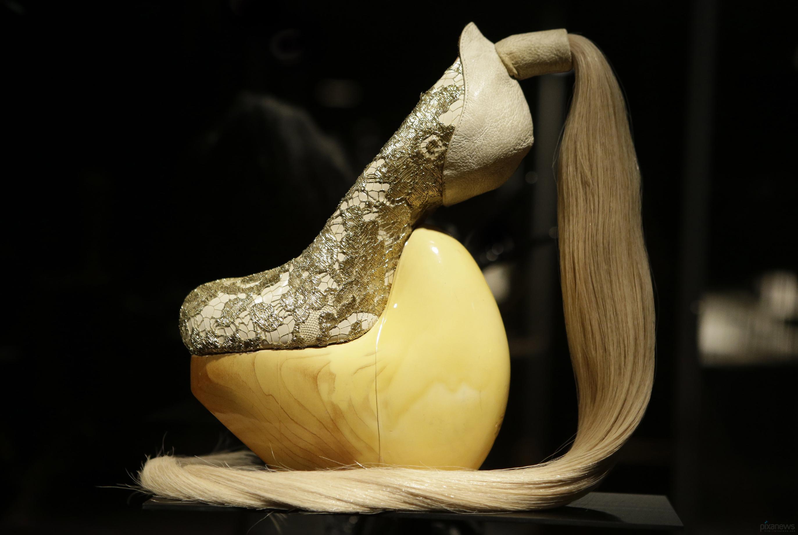 фотографии самых необычных туфлей в мире данного блюда займёт