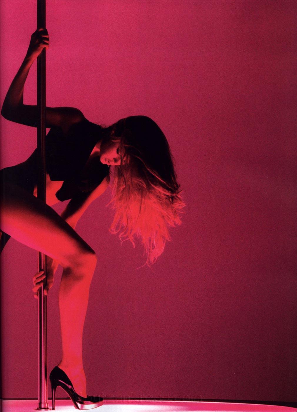 Фото как танцуют стрептис