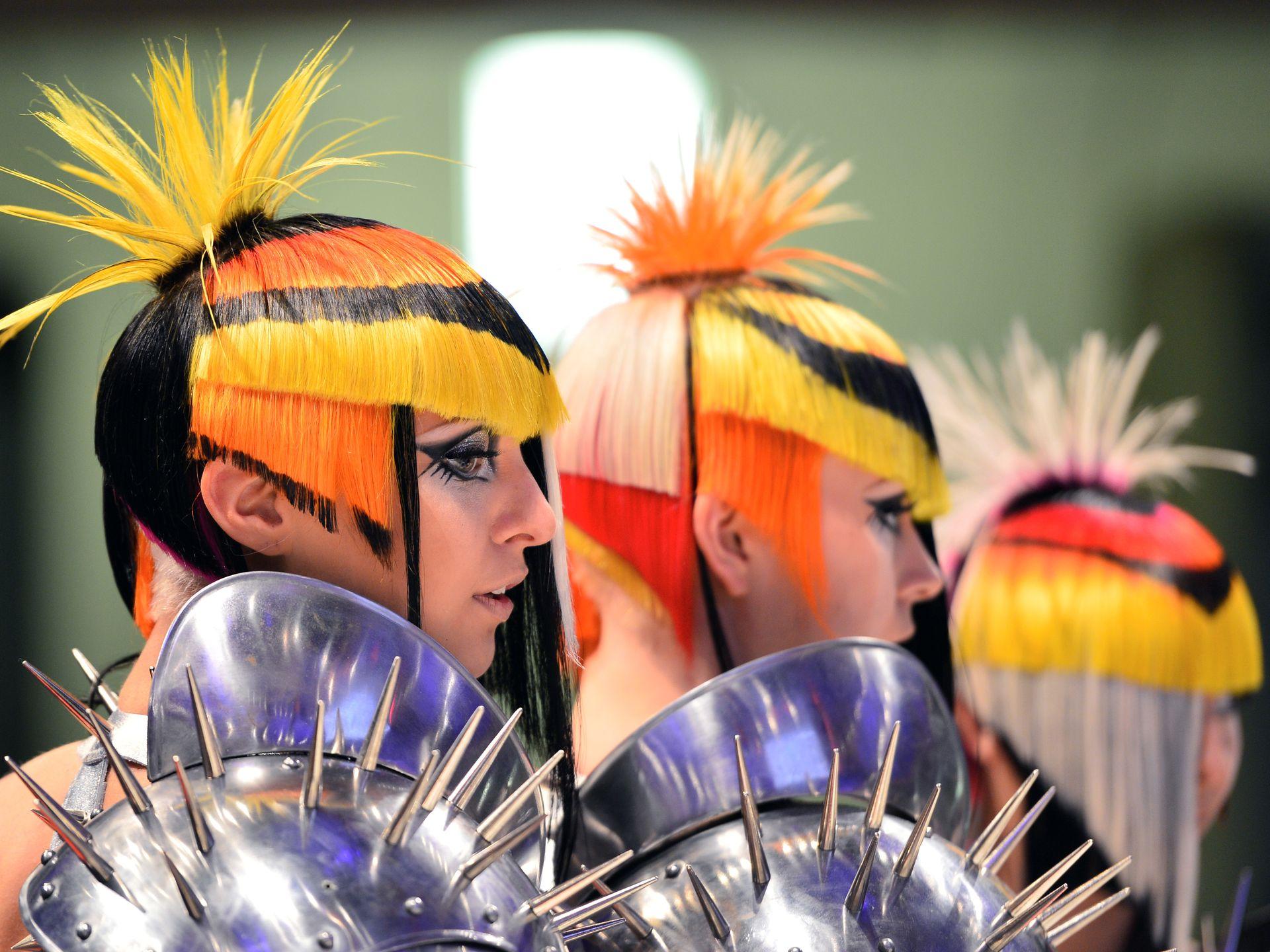 фотографии с чемпионатов по парикмахерскому гага часто