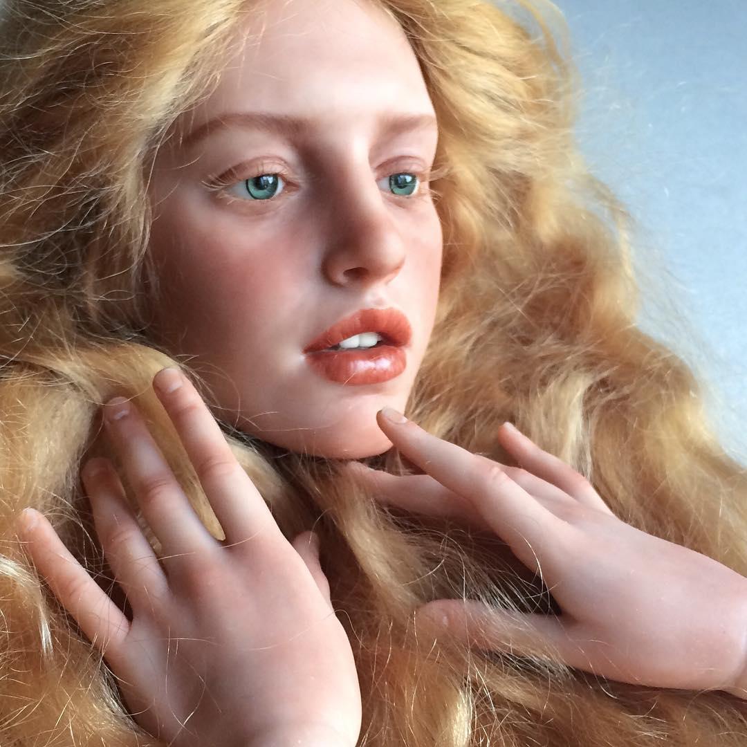 это фото реалистичных кукол тюлем для