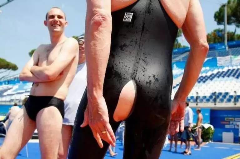 засветы спортсменов, форма подвела спортсменов, позорные моменты спорт