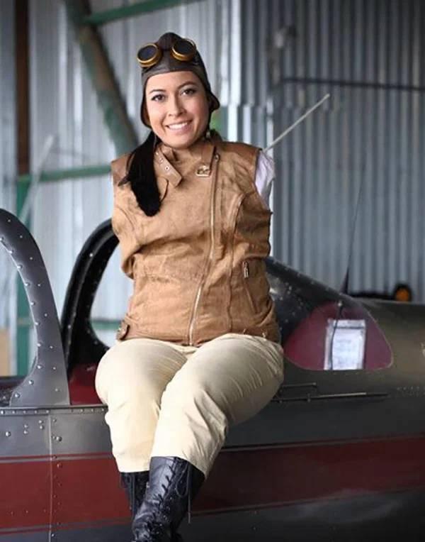 Джессика Кокс, пилот без рук, каратист без рук